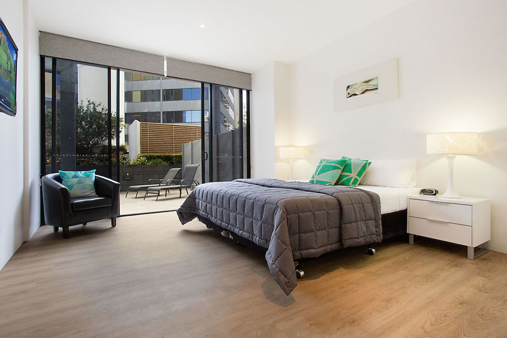 Acoustic Loose Lay - Silky Oak , Luxury Bedroom